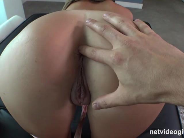 Порно онлайн длинноногой красавица фото 66-256