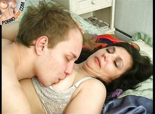 Порно ебет бабулю фото 567-458