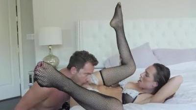 Оральный секс с озабоченной девукшой на камеру
